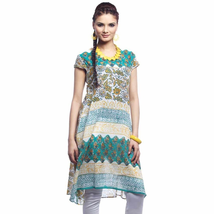 A perfect for casual wear.  An A-line kurta in green for women by Jugnu crafted from soft and comfortable cotton fabric. Features all over floral and geometric print in complementary colors, a round neck and short sleeves.