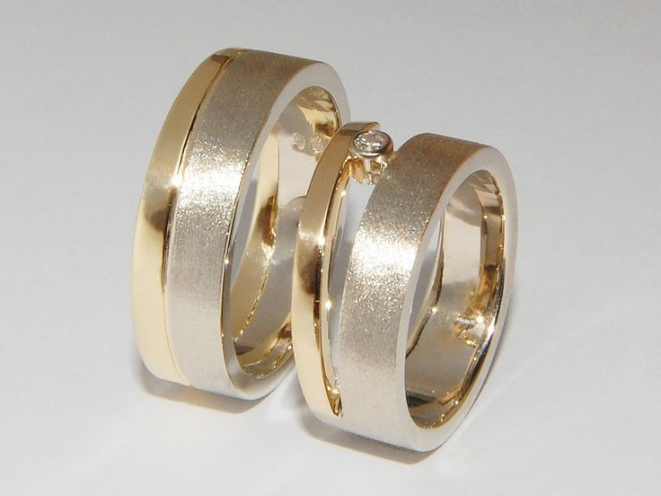 A combination of white and yellow gold