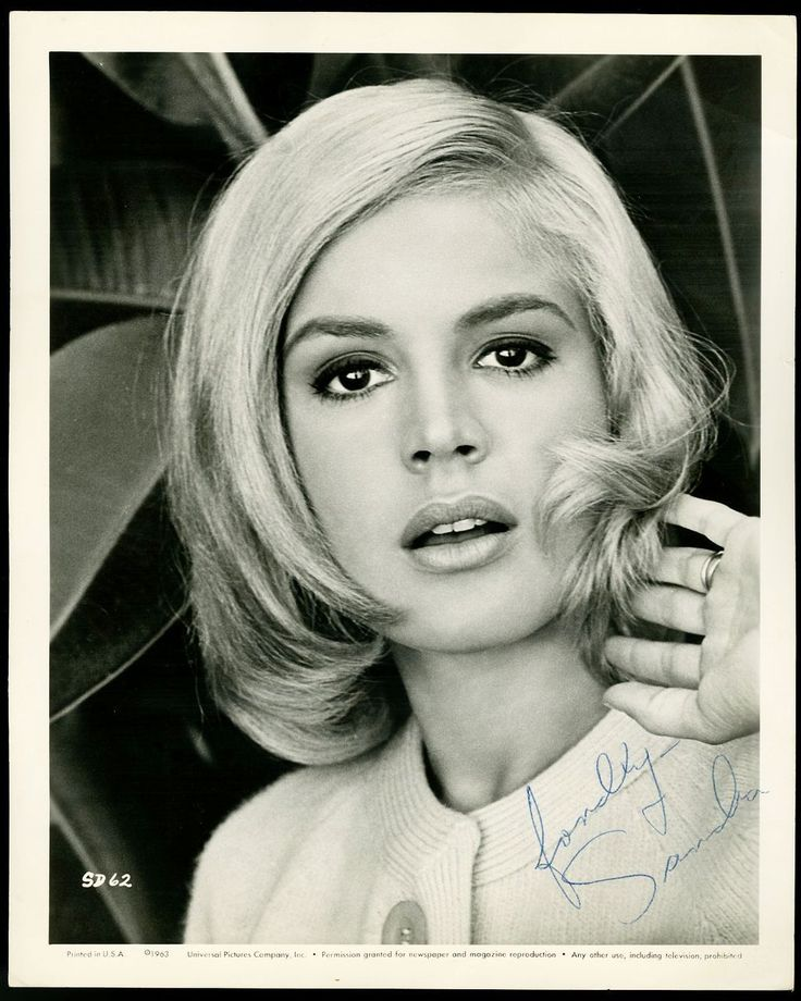 Sandra Dee signed photo, 1963