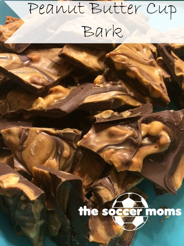 Peanut Butter Cup Bark - The Soccer Moms – This is one of those recipes that is so simple, it seems almost silly to share the recipe. But, it's also so delicious and quick to make that it's the perfect thing to add to your Christmas cookie tray. All the flavor of a peanut butter cup, but you pretty much can't mess up peanut butter cup bark. It definitely doesn't have to look... #dessert