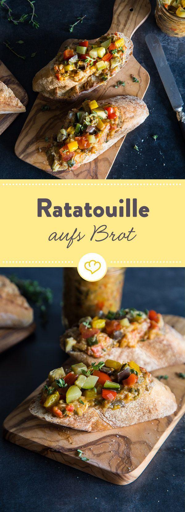 Auf die Stulle, mit Pasta gemixt oder einfach pur zum Löffeln - hier gibt es Ratatouille als cremigen Aufstrich, den du vielseitig nutzen kannst.