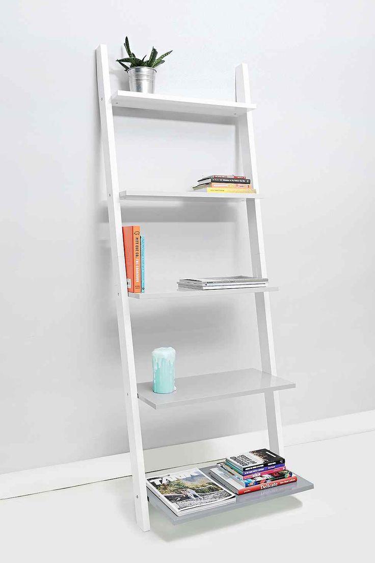 leaning book shelf in grey schickes f r die wand pinterest lounges b cherregale und grau. Black Bedroom Furniture Sets. Home Design Ideas