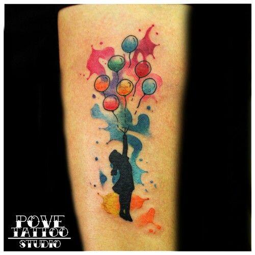 NIÑA CON GLOBOS Y WATERCOLOR #povetattoostudio #tattoo #tattoocircle #inkcopious #tattooednaked #tattedskin #tatuaje #ink #inked #tat #fullcolor #bishoprotary #Málaga #malagatattoo #watercolor #acuarelatattoo #acuarela #watercolortattoo #girltattoo #guytattoo #tattoolife #inkedlife #inkedgirls