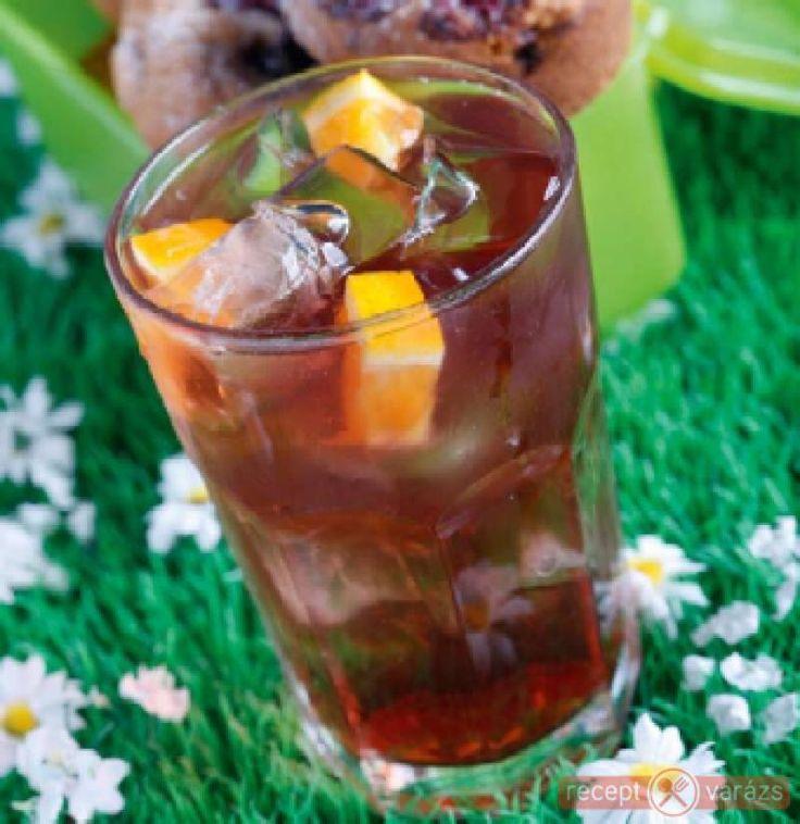 Áfonyás-narancsos jeges tea