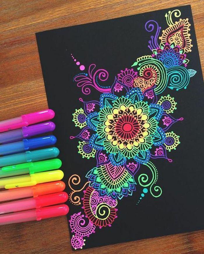 mandalas-para-colorear-con-elementos-florales-fondo-negro-colores-llamativos