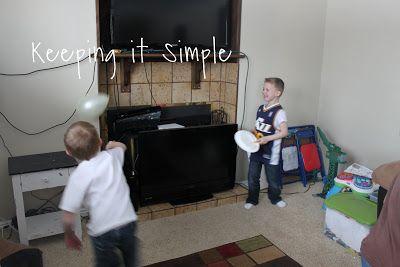Keeping it Simple: Indoor Kids Game Idea: Balloon Ping Pong {Kids Craft}