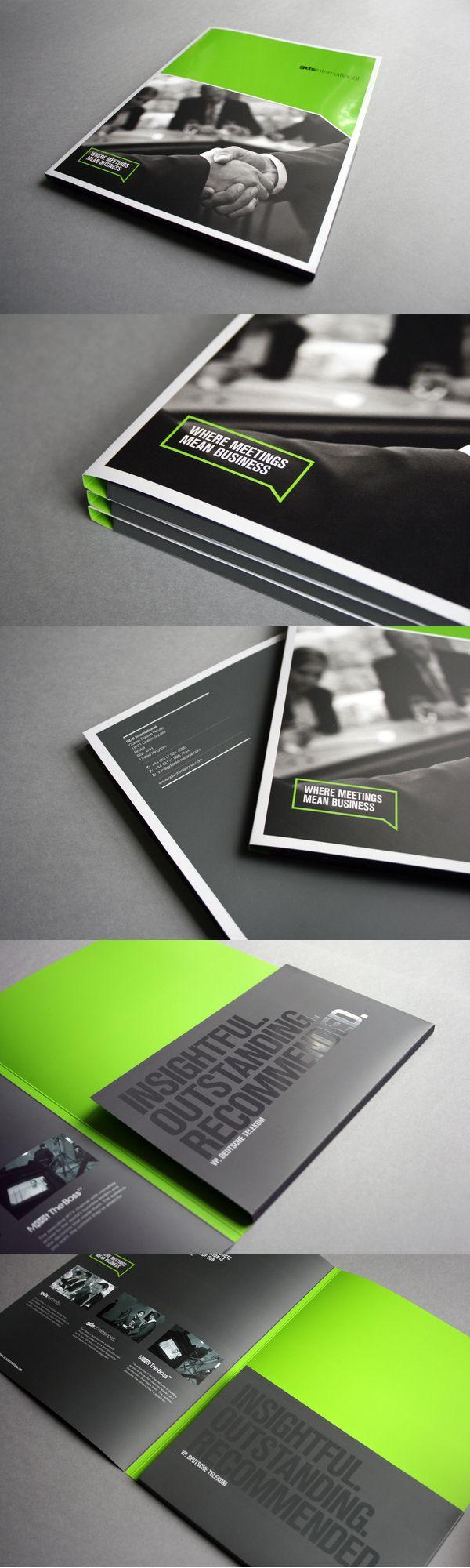 Editorial Design // Grün / Schwarz / Blickfang