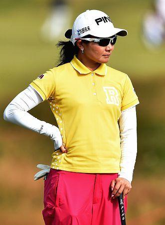 初日に4アンダーで首位に立った上原彩子=10日、英国・サウスポート(AFP=時事) ▼11Jul2014時事通信|上原が初日首位=宮里藍10位-全英女子ゴルフ http://www.jiji.com/jc/zc?k=201407/2014071100100 #Womens_British_Open_2014 #Ayako_Uehara