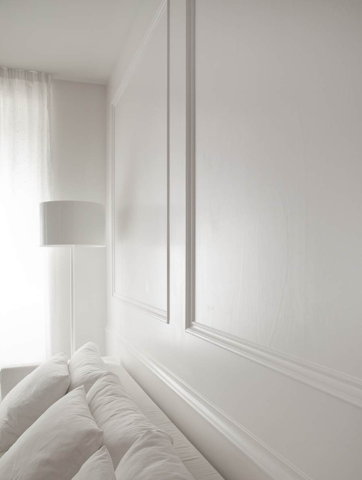 Pannelli e cornici in legno per arredare pareti, porte e mobili