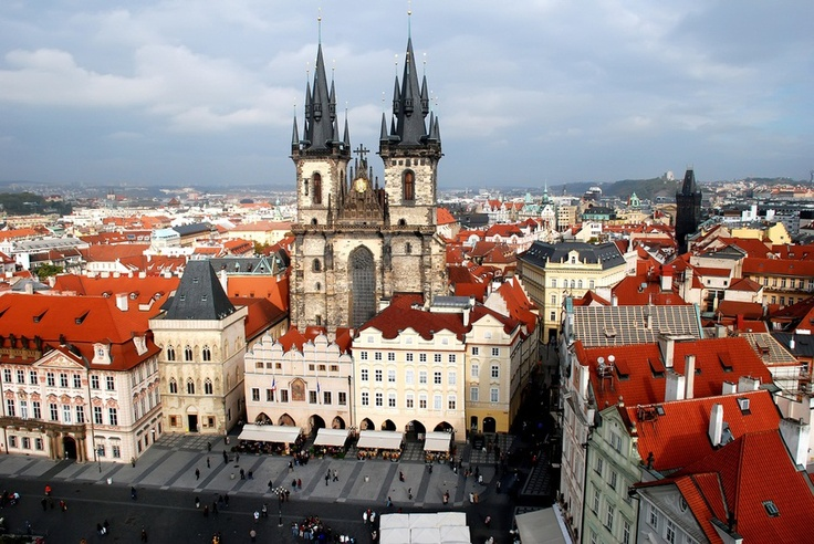 On our blog, check out the best tips from a local Prague expert & make the most of your trip!