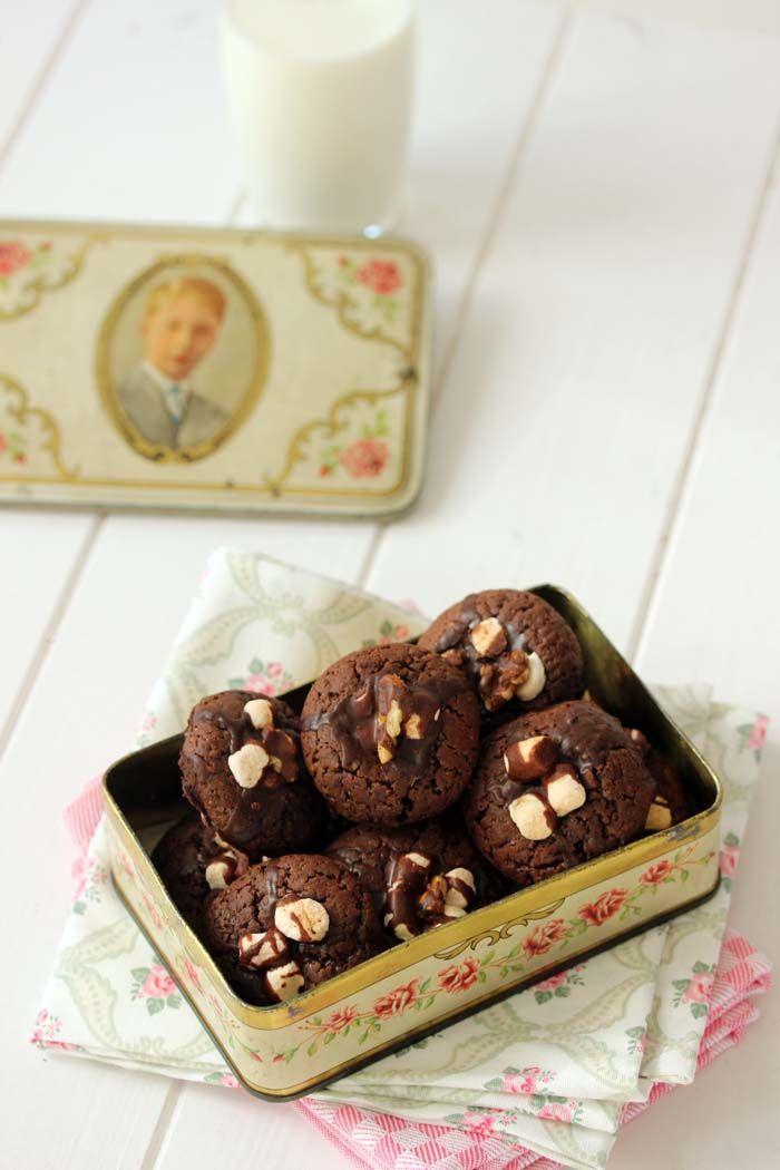 Schokoladenkekse mit Marshmallows & Orangen Butter Glasur