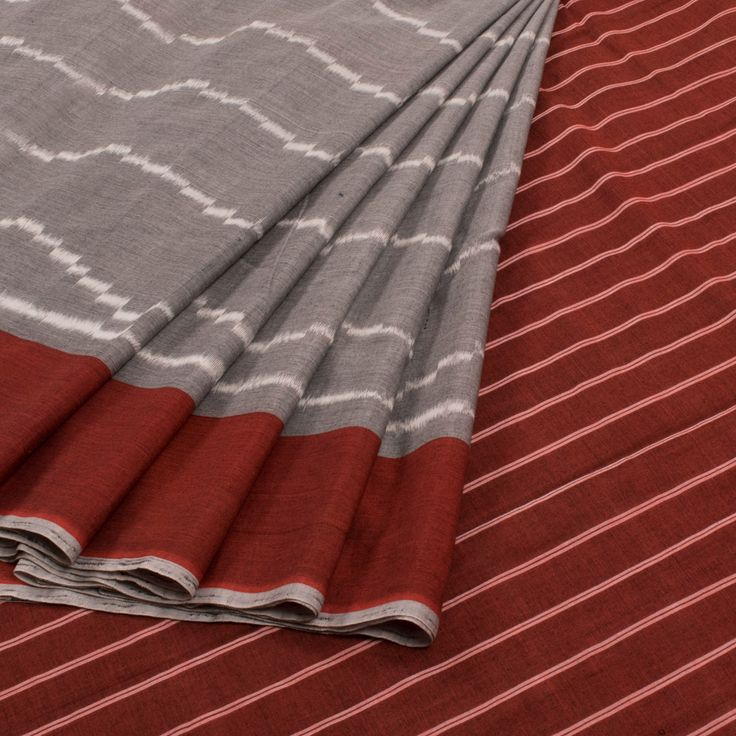 Buy online Handwoven Grey Ikat Cotton Saree With Striped Pallu 10011747