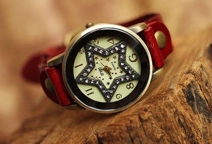 Star Bezel Set Crystal Leather Quartz female watch (Red)