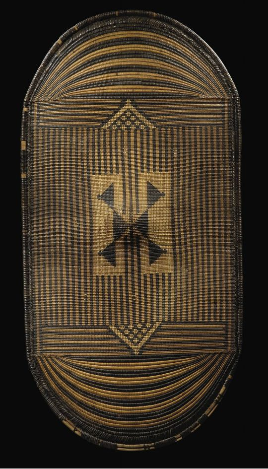Shield from the Mangbetu people of DR Congo | Woven plant fibers with natural pigments