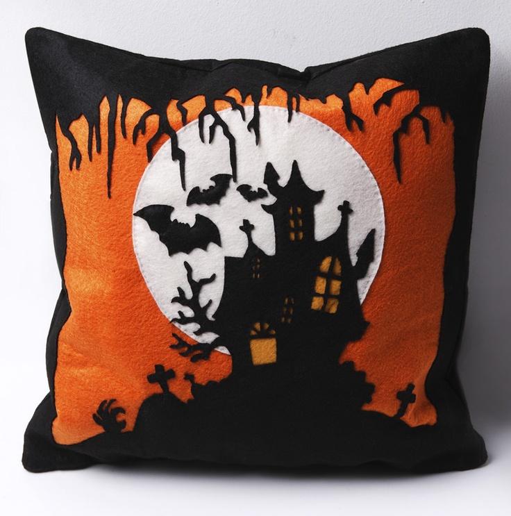 handmade felt cushions-Halloween series  https://www.facebook.com/NabuNabu.Handcraft