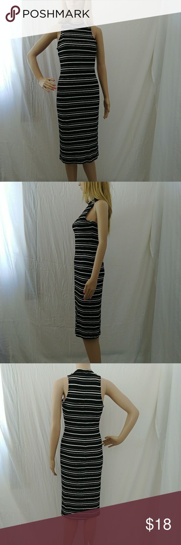 New Autumn Daze striped dress Cute form fitting striped tube dress Xhilaration Dresses Midi
