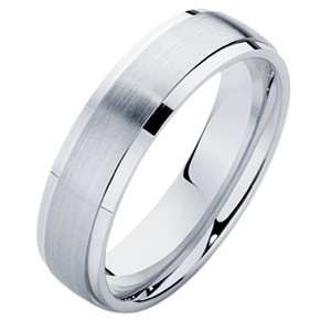 Gents platinum wedding ring with polish sides and a matte centre