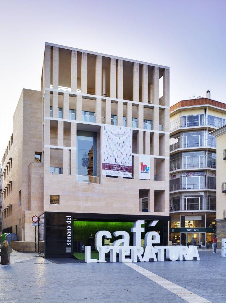 Stand Café y Literatura / Clavel Arquitectos