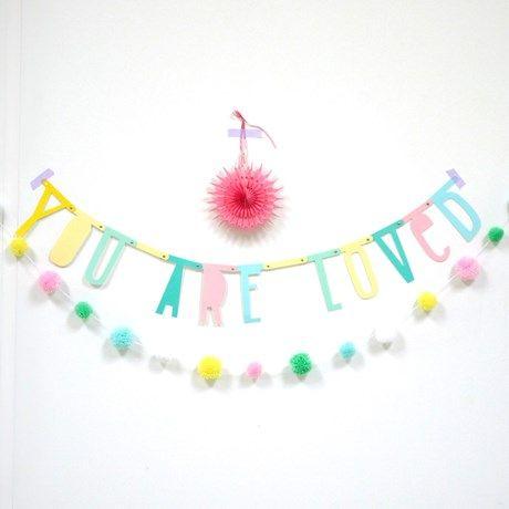 Bygg ord og sitater med pastellfargede bokstaver!