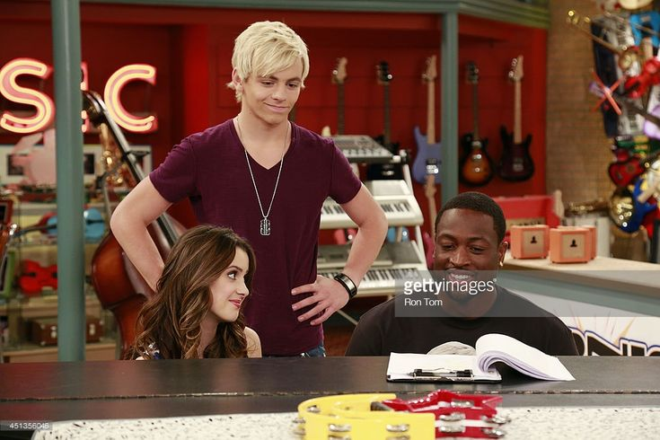 austin-and-ally-ally-naked
