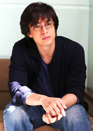 Korean actor Bae Yong-Jun - PHOTO NICE