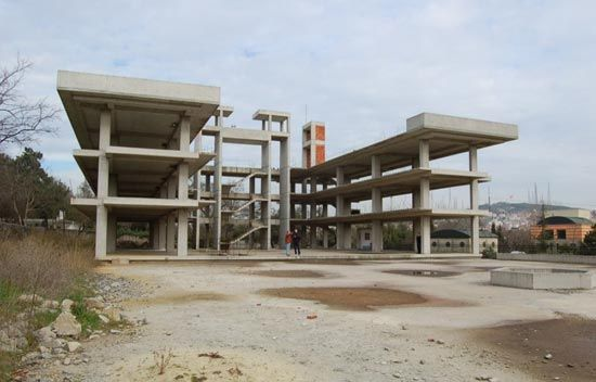 47 Best Unfinished And Abandoned Buildings Images On -8963