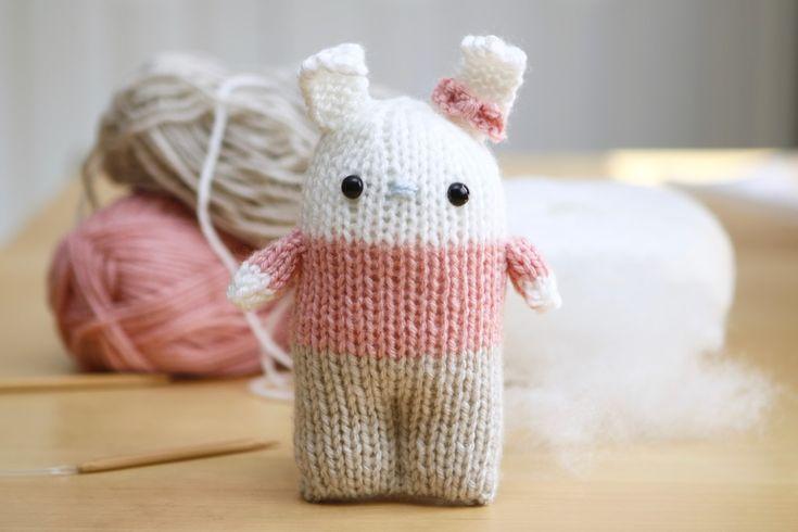 Knitted Amigurumi Patterns Free : 225 mejores imagenes sobre Amigurumis, munecos y boniteces en Pinterest Pat...