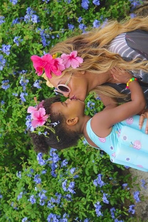 Beyoncé & Blue Ivy - A Kiss For Mommy