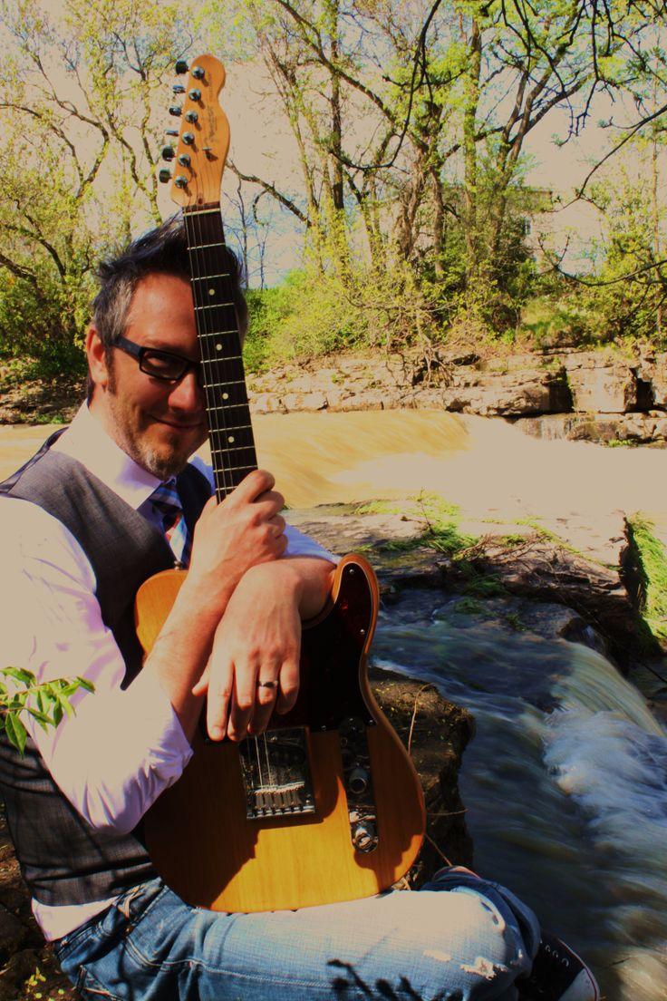 guitar groom