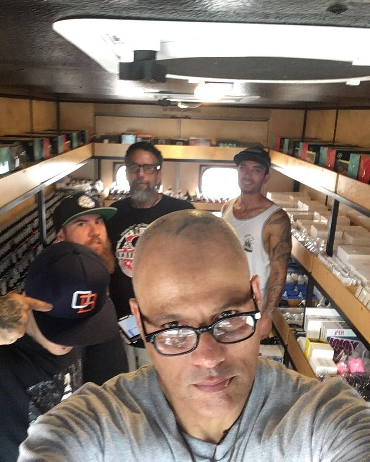 The supply van is like the travelling candy shop. Restocked!! 😜Now come get some ink at @1acetattoo1 Ace Tattoo oldest shop in town. #supportyourlocalartist #dogslife #onthebeach#worldwideunionoftroublemakers #sandiego #tattoofamily #dogsrule
