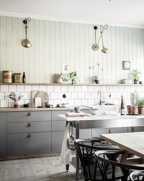Cozy Kitchen With A Touch Of Green Coco Lapine Design Interior Design Kitchen Scandinavian Interior Kitchen Kitchen Interior
