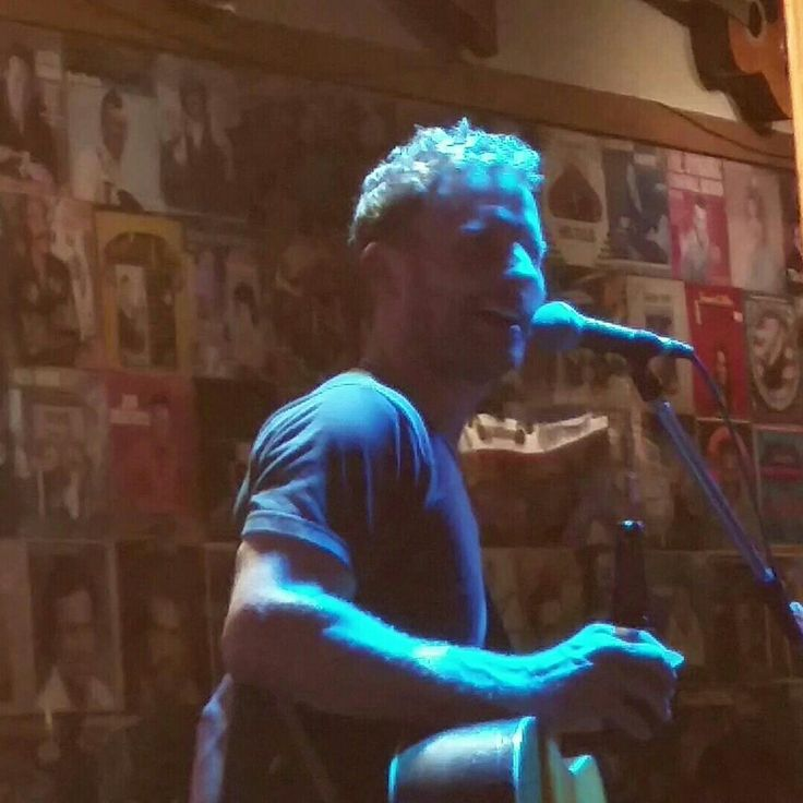 Dierks Bentley, Legends bar Seeing him downtown in Legends....dream come true
