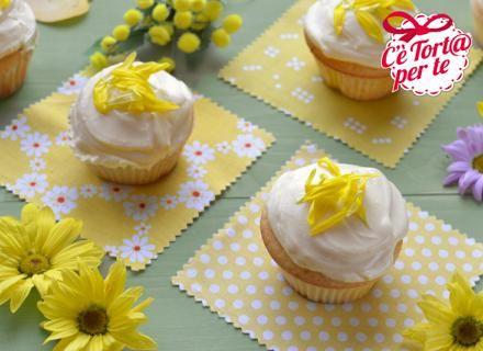 #Cupcakes yogurt e zafferano: dolci, deliziosi e leggeri. Assolutamente da provare!