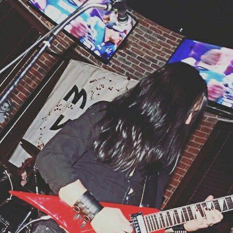 Molly Vamp live at Tilted Kilt (Sunday February 4, 2018)