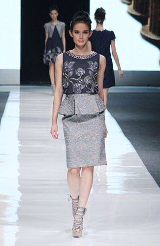 Elegant style #fashion #Indonesianfashion #style http://livestream.com/livestreamasia
