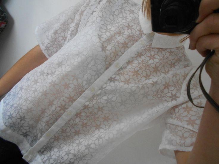 Biała elegancka bluzka z krótkim rękawem prześwitująca - vinted.pl