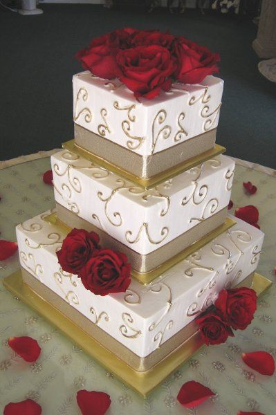 Fall Spring Summer Winter Gold Ivory Red Square Wedding Cakes Photos & Pictures - WeddingWire.com