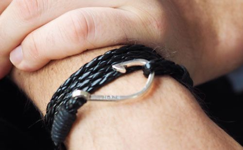 The Winston men's leather bracelet and fish hook are available in 4 leather colours, and is all a man needs to add that extra something to his outfit. #leather #bracelet #accessories #menswear  Check out this: http://dappervigilante.com/