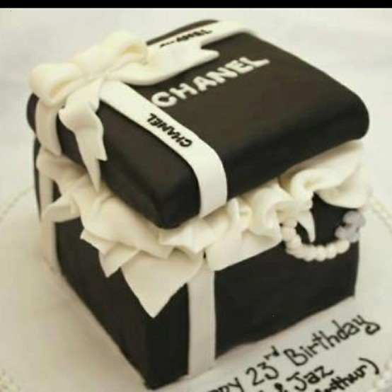 Chanel Cake Designs: 23 Best Coco Chanel Cakes Images On Pinterest