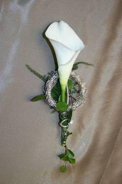Blumen Klefer: Anstecker & Corsagen