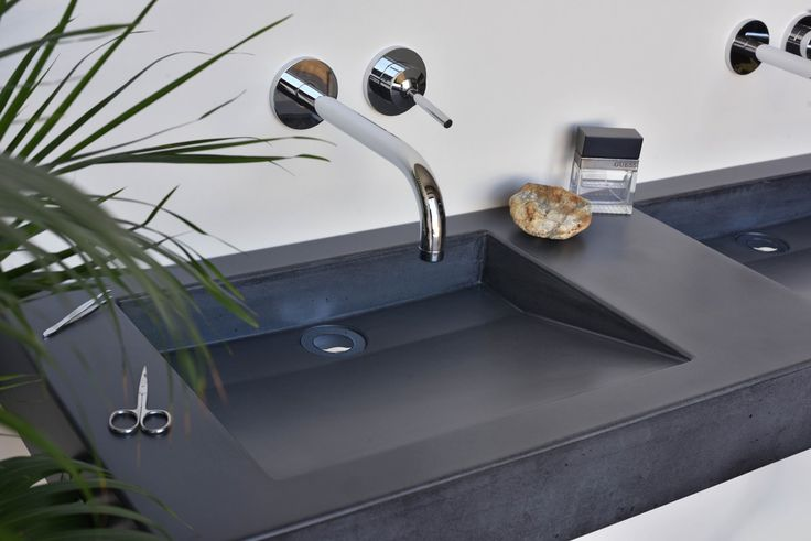Concrete washbasin Gravelli Slant 07 Double in anthracite variant.