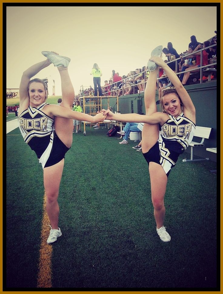 This would be cuter if they were both flexible