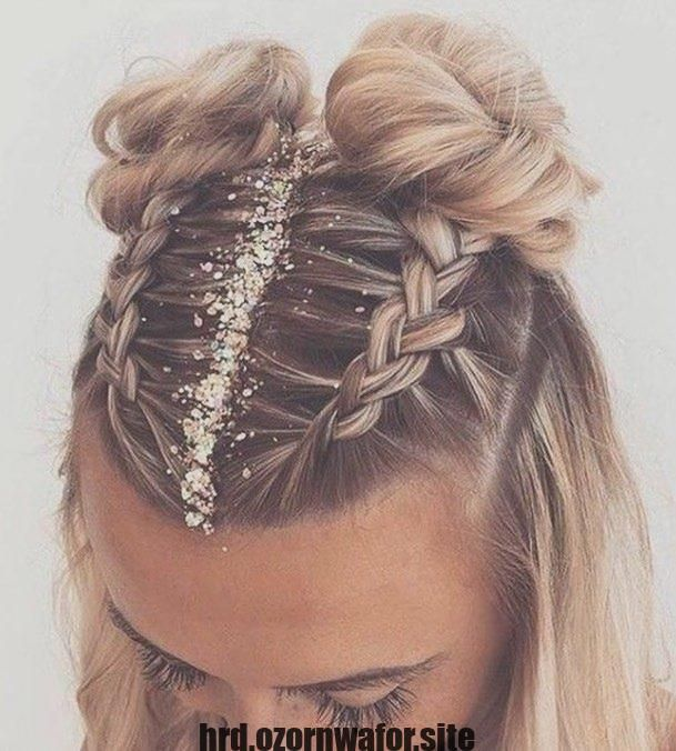 Hairstyles Strategies Involving Cochella Uptodate Samsung Because Theres Coming Shots Ideas R Curly Hair Styles Naturally Festival Hair Hair Styles