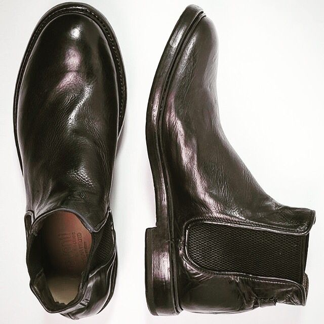 shoes #style #man #fashion  #men #connoseur #shoeoftheday #vsco #calfskin #fattoamano #ootdman #menwithclass  #sprezzatura  #globalnomads  #artigianale #sartorial #instastyle #instafashion #instamode #moda #modahombre #menswear #preventi # preventishoes #manlookbook  #malevogue  #menoutfit #shoestagram #shoeslovers #shoesaddict