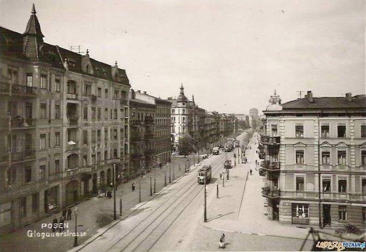 Przed wojną to proszę Państwa Rada Miasta albo prostowała ulice albo poszerzała - Głogowską! Jakaś taka piękna arteria, co?