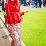 Tips Tampil Elegan dengan Model Kebaya Simple Modern