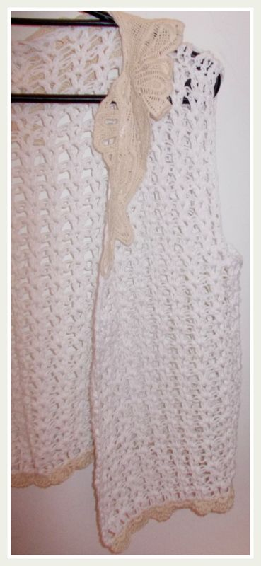 cuello de broderie, terminación de abanicos tejidos al crochet