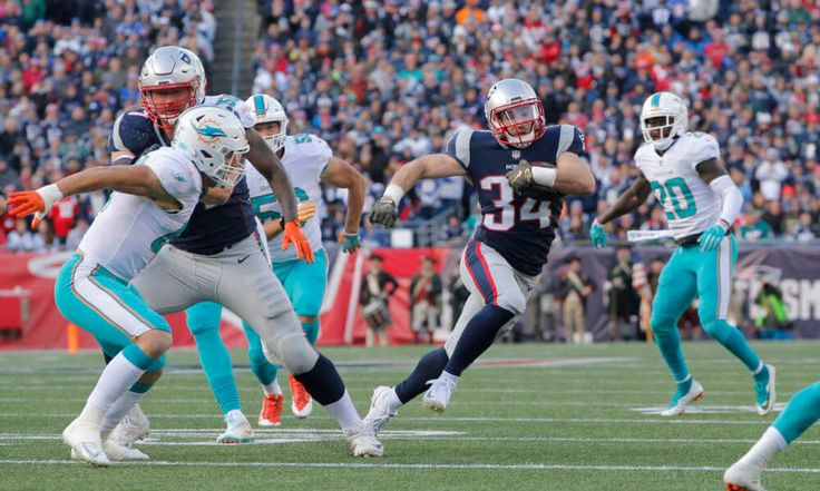 5 things we learned from Patriots win over Dolphins = The New England Patriots won their seventh-straight game on Sunday by defeating the Miami Dolphins by a final score of 35-17. After starting out hot on offense, New England regressed into.....