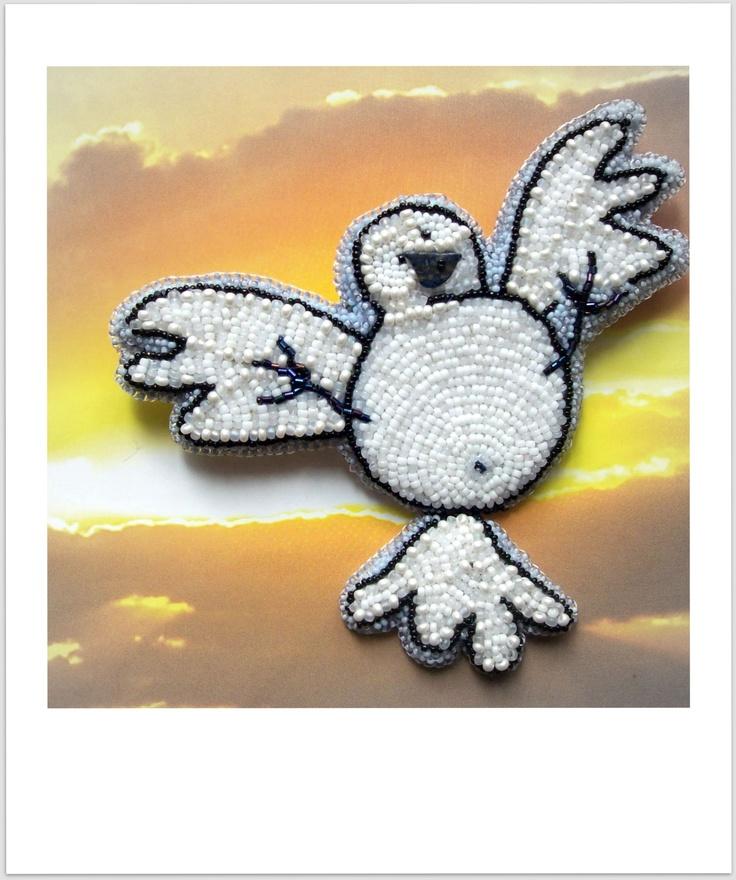 "Helen Kolomoets. Brooch ""Dove"". Bead embroidery. Елена Коломоец. Брошь ""Голубь"". Вышивка бисером."