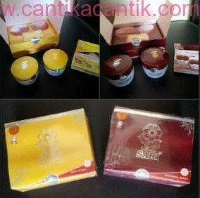 Cream Sari New Packing, sebagai pelembab alami kulit sehingga kulit senantiasa tampak segar dan tidak kumal. **Selengkapnya: http://c-cantik.me/ncpl **Order Cepat: http://m.me/cantikacantik.id  KONTAK KAMI DI - PIN BBM 2A8FB6B4 - SMS / WA 081220616123 Untuk Fast Response